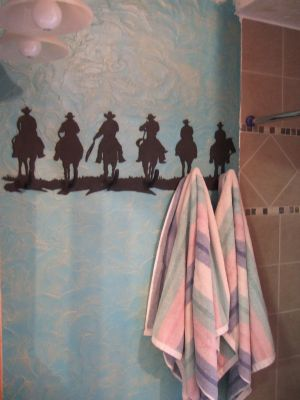 cowboy-towel-rack.jpg